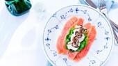 2020.Smørrebrød med rimmet laks og æble-selleri-creme.Restaurant Kronborg.Foto af Chris Tonnesen.jpg