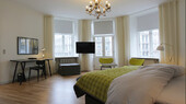 room-suite-IBS-1500x.jpg