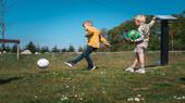 Fodboldgolf børn leger og hygger (1).jpg