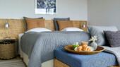 GARDEN-bedroom.jpg